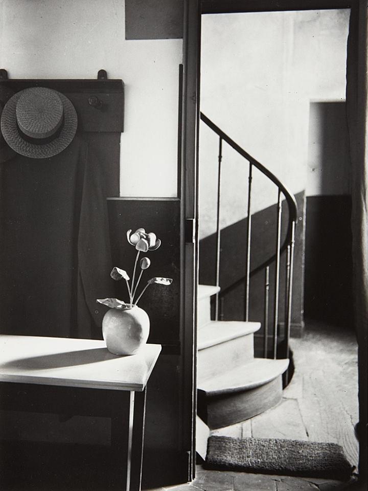 Chez Mondrian, 1926. André Kertesz