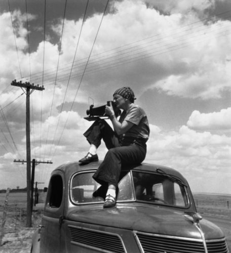 ©Paul S. Taylor, Dorothea Lange in Texas on the Plains, 1934
